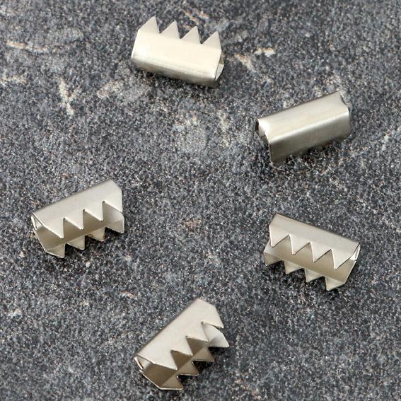 Метални конектори