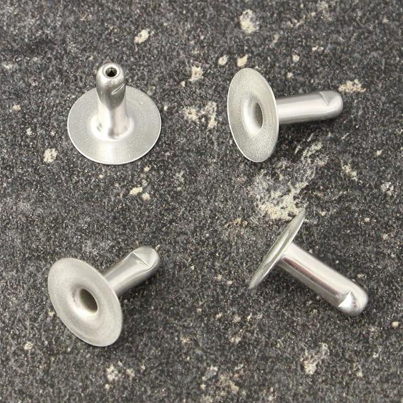 Едностранни метални нитове